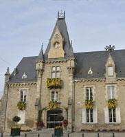 Mairie de Toury